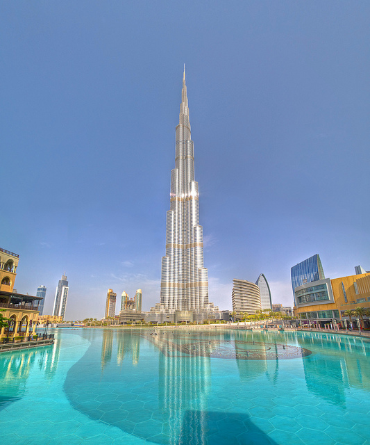 The things you should avoid and not do while visiting Dubai with Burj Khalifa in the Background